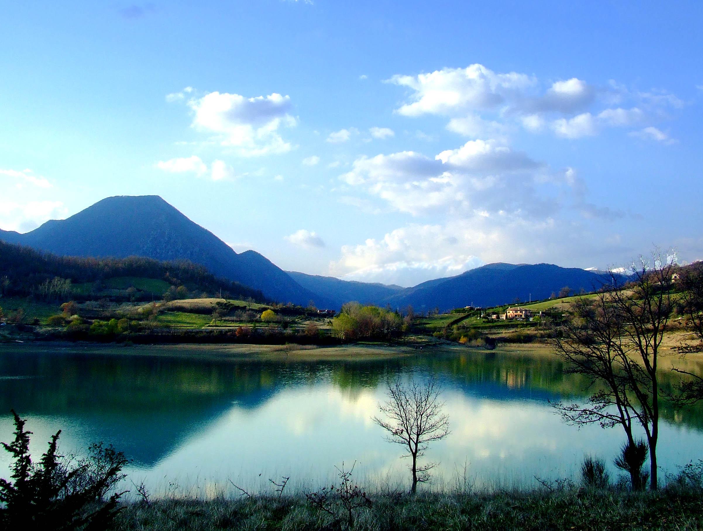 Capalbio: mare e montagna