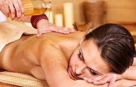 Massaggi rivitalizzanti: ecco le spazzole per il brushing