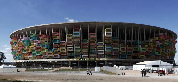 Brasile: case prefabbricate per riqualificare gli stadi