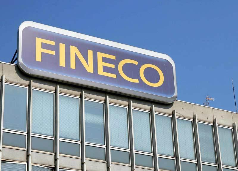 Cresce del 15% la raccolta di Fineco
