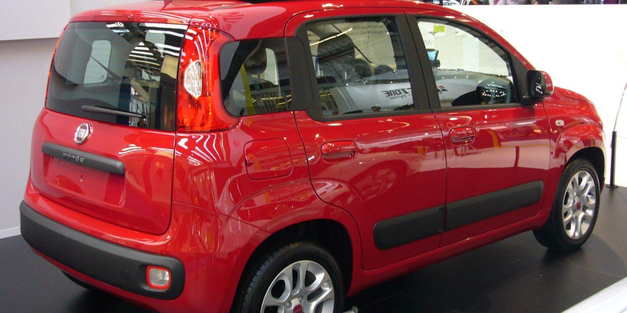 Fiat Panda: sul podio tra le auto più amate dagli italiani