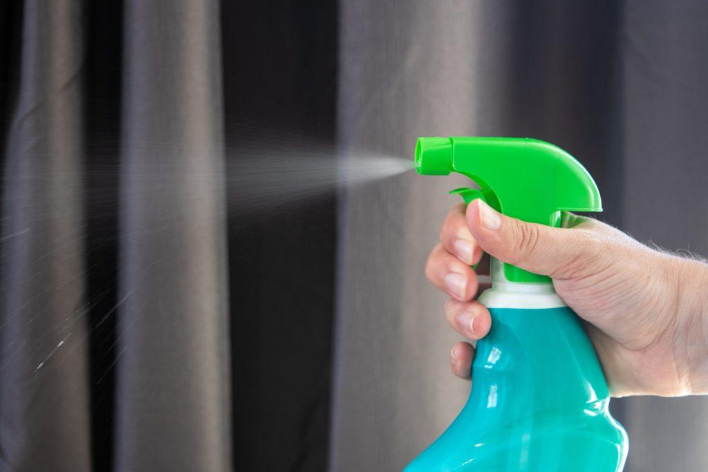 5 disinfectant-5093503_1920
